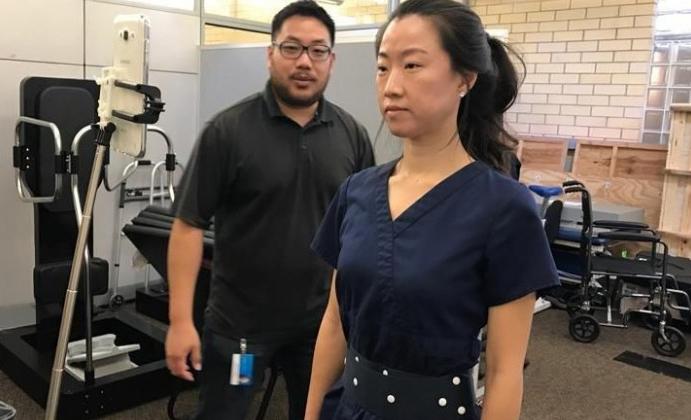 内置传感器的智能腰带:可帮帕金森病人保持身体平衡
