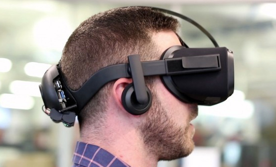 Oculus将推出姿态传感器内置的独立型VR头盔