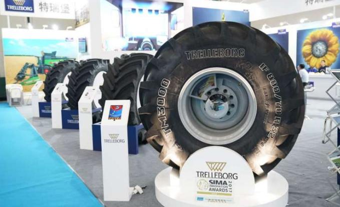 新型拖拉机智能轮胎:集成多种传感器实时调节胎压