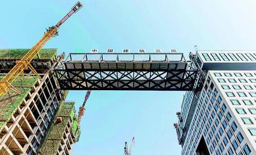 位移和压力传感器用在国内最大跨度钢连廊提升中