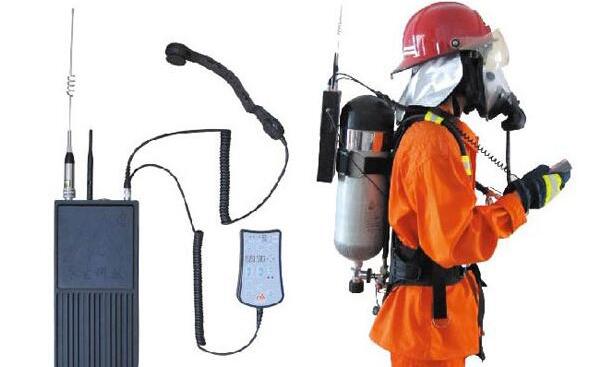浅谈电子罗盘等传感器在室内消防人员定位设备中的应用