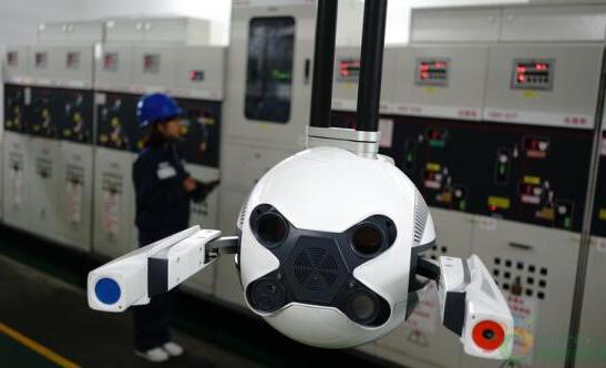 配电房定期巡检工作中的巡检机器人应用案例