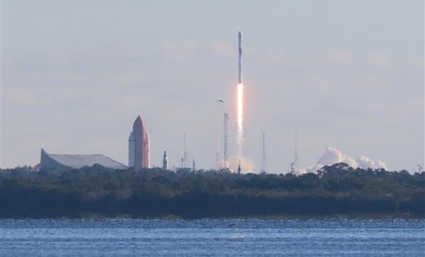 美国第三代GPS系统首颗卫星上天:定位精度是当前3倍